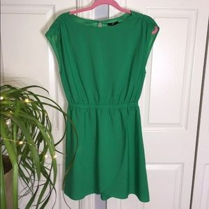 H&M size 6 green dress for holiday parties